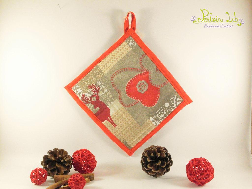 Presina in tessuto fantasia con alce e cuori e bordo rosso, stile nordico