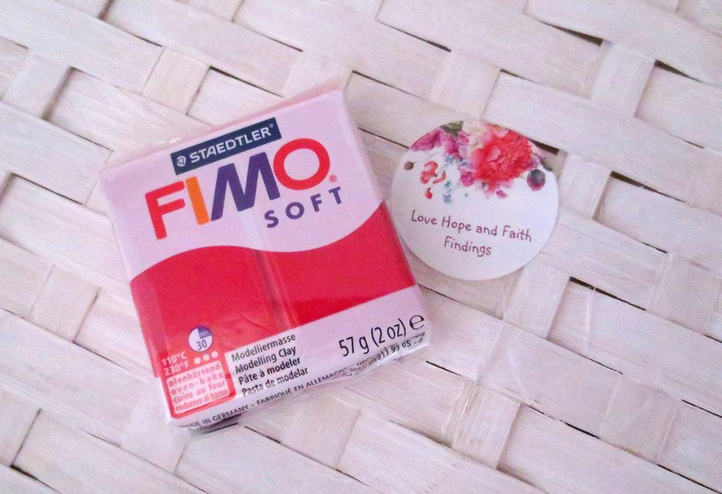 NUOVI ARRIVI! 1 panetto FIMO SOFT color Ciliegia n° 26 (57 gr)