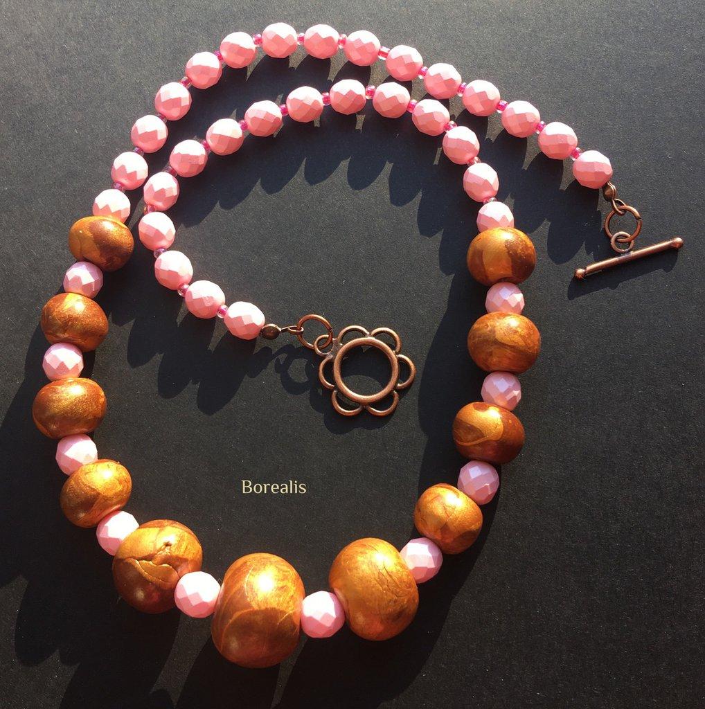 Collana Oro e Rosa Pastello Argilla Polimerica e Cristalli di Boemia