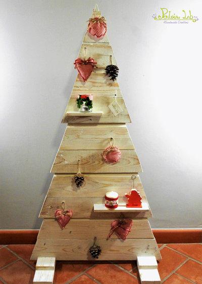 Albero realizzato a mano con legno di recupero, altezza 120 cm, addobbo Natale