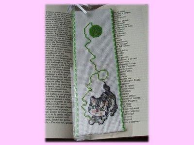 Segnalibro punto croce- bookmark
