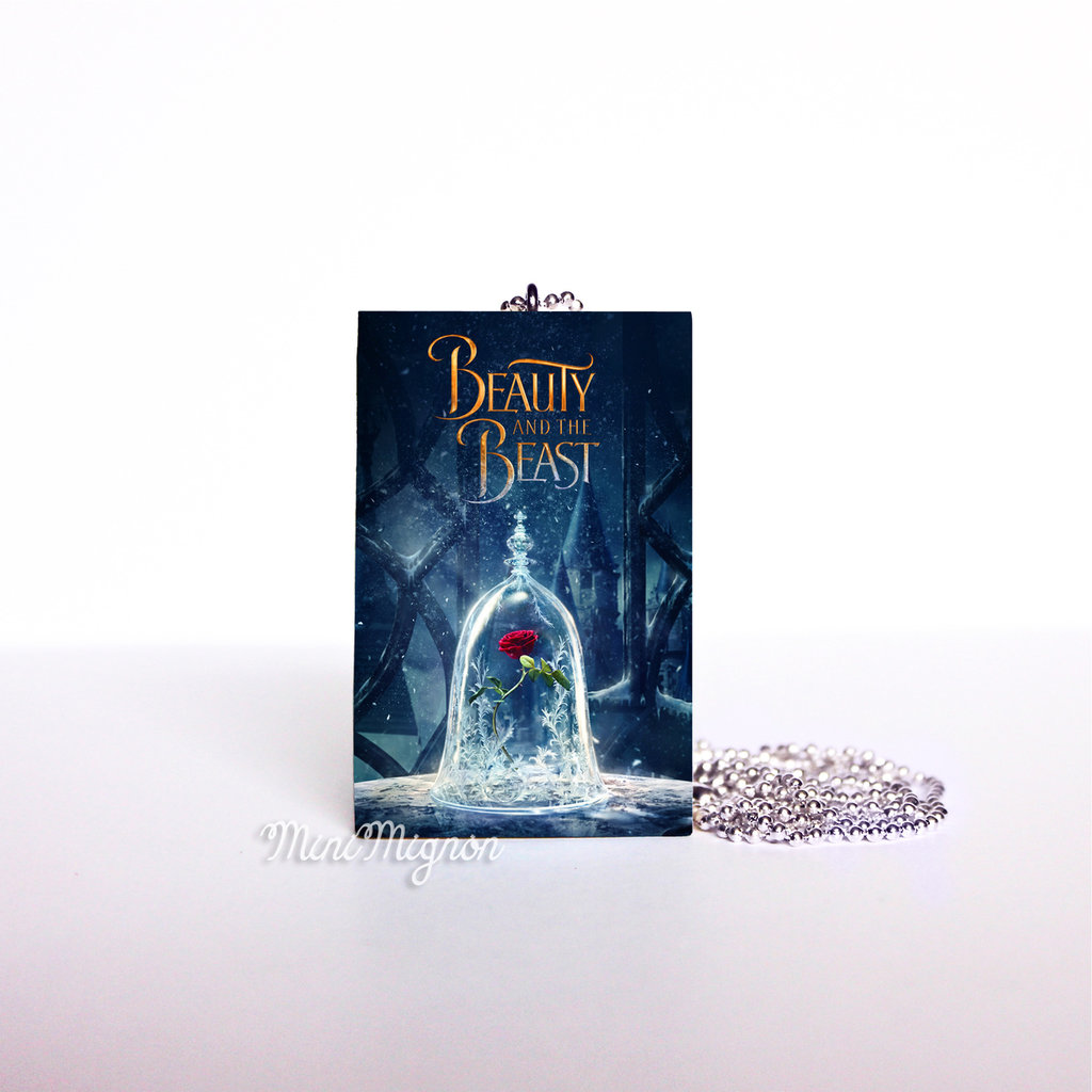 "Collana lunga con libro ""Beauty and the Beast"""