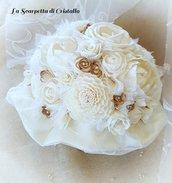 Bouquet avorio fiori di balsa