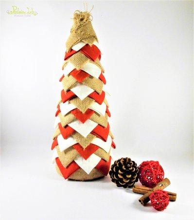albero natalizio, altezza 31 cm, realizzato con tessuto in cotone panna e rosso, iuta.