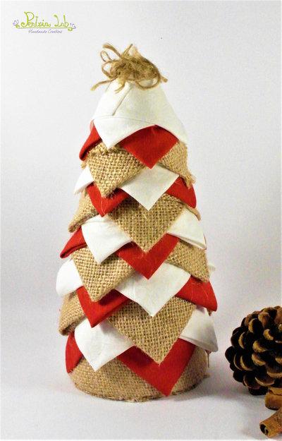 Albero in tessuto di cotone rosso e bianco, iuta, effetto pigna. Altezza 21 cm