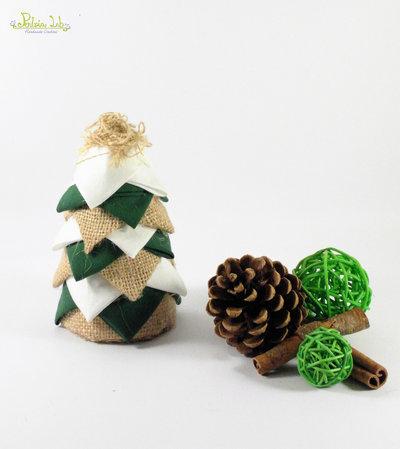 albero realizzato con tessuto in cotone panna, iuta e cotone verde, altezza 12,5 cm