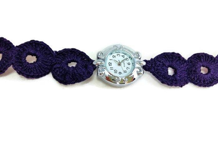 Orologio da donna piccolo viola da polso ricamato a mano con cinturino sottile