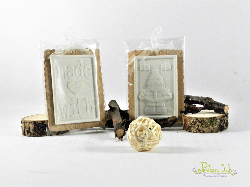 Biscotto in legno di okoumè con glassa in gesso ceramico profumato, profuma ambiente natalizio
