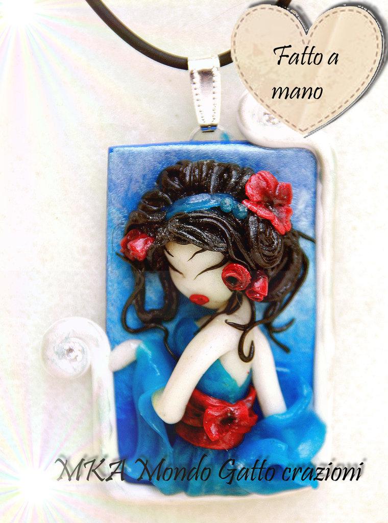 Cammeo in fimo raffigurante una Geisha, con collanina inclusa - Aiko