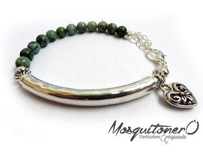Bracciale da donna con perle in minerale africano verdi cuore in metallo idea regalo
