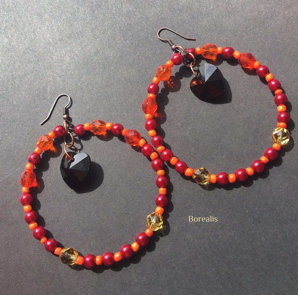 Orecchini molto grandi a cerchio rossi e arancio cuori Swarovski perle di Boemia Cristalli di Boemia