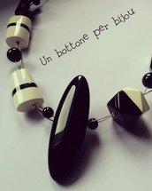 Collana con maxi bottone nero vintage