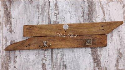 Attaccapanni in legno