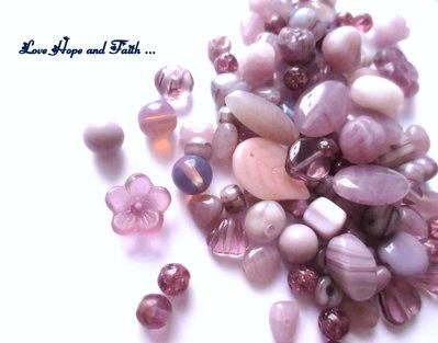 """LOTTO 50 gr perle in vetro di Bohemia """"Viola"""" (cod.PRECIOSA)"""