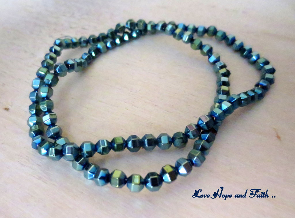 LOTTO 50 perle simil ematite (4 mm) (cod.New)