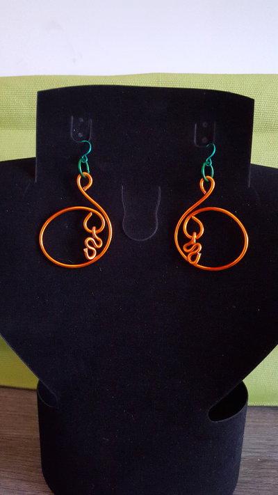 orecchini alluminio colorato