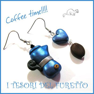 """Orecchini """" Coffee time """" Blu caffetteria caffè moka chicco Fimo cernit Kawaii idea regalo barista Natale"""