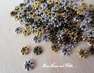 LOTTO 100 distanziatori oro/argento/bronzo (4 mm) (cod.New)