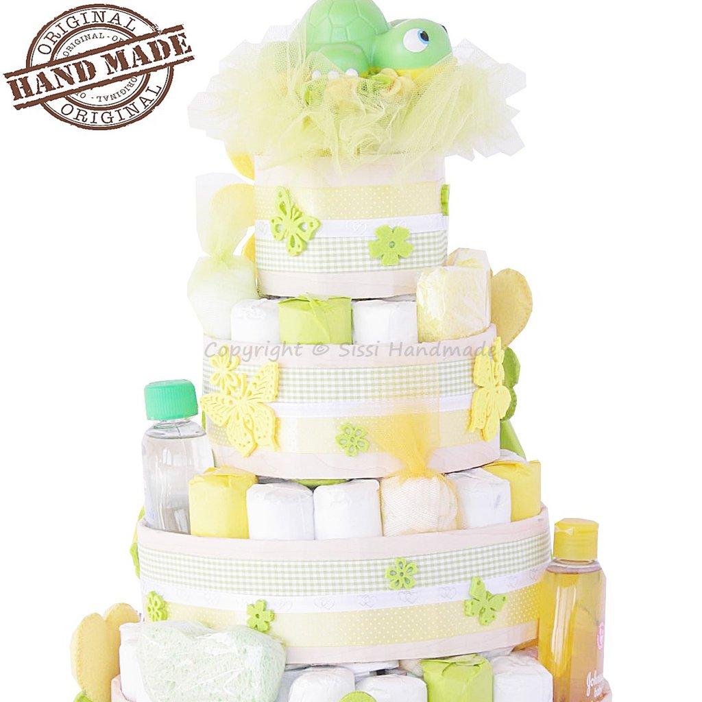 Torta di pannolini 4 piani con prodotti per il neonato