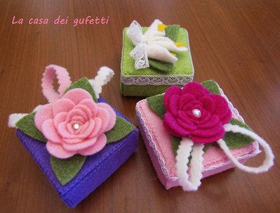 Scatolina in feltro decorata con fiori ideale come bomboniera per vari eventi
