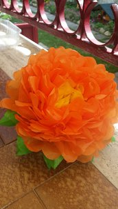 Fiore di carta velina