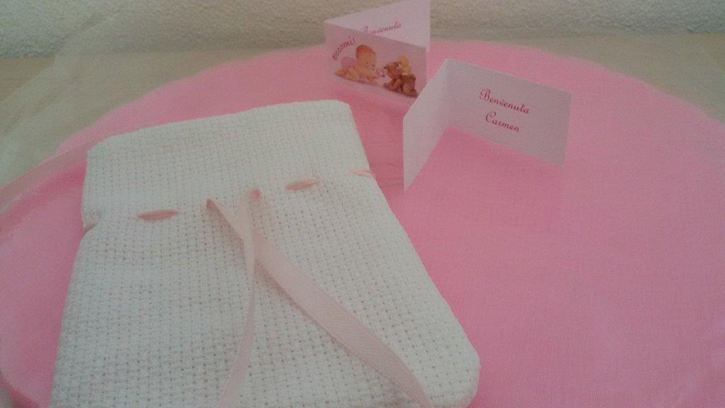 Inserzione riservata n. 110 sacchetti per confetti da ricamare a punto croce