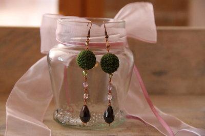 Orecchini, lana verde
