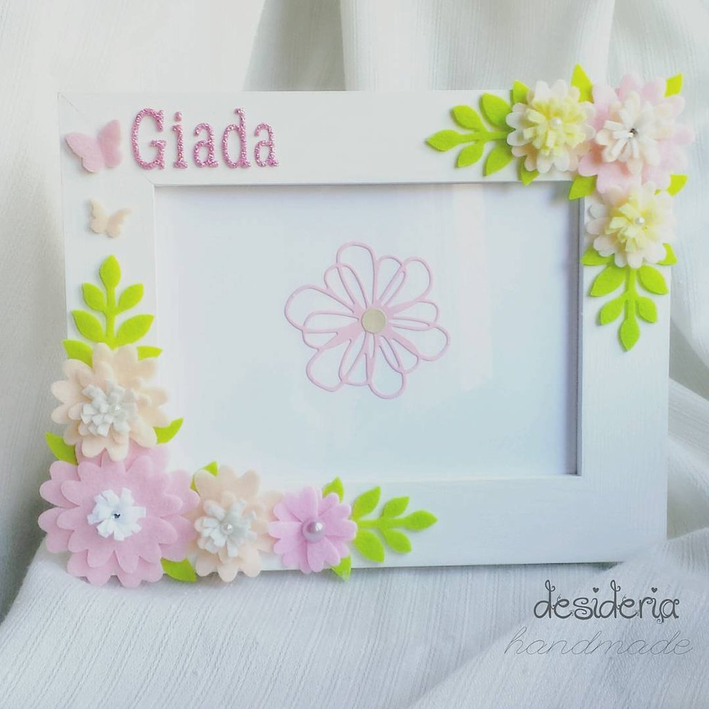 Cornice personalizzata floreale