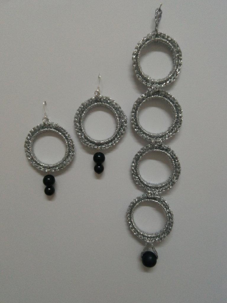 Cerchi a Bracciale e Orecchini Argento