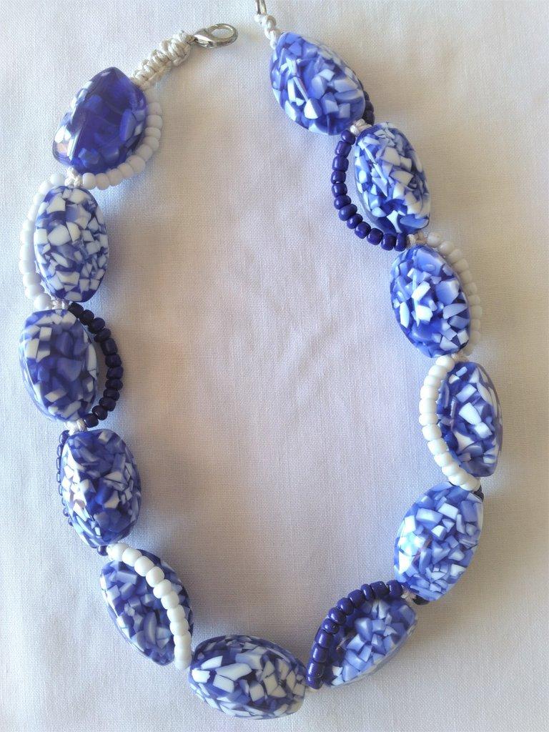 Collana di perle in resina