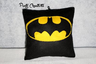 Cuscino batman in pannolenci
