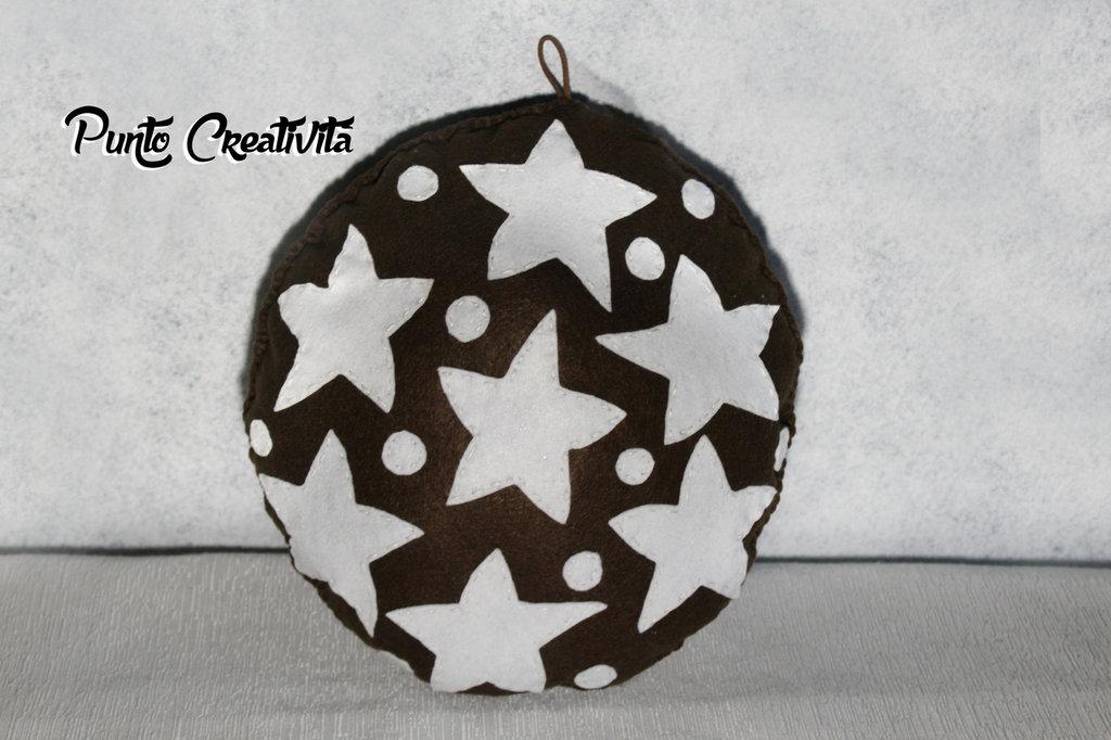 Cuscino pan di stelle in pannolenci