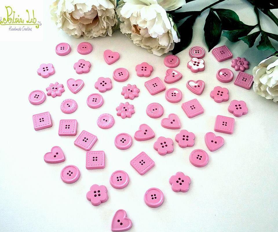 bottoni in gesso ceramico, color rosa.  minimo 10 pz . colore personalizzabile a scelta o bianco