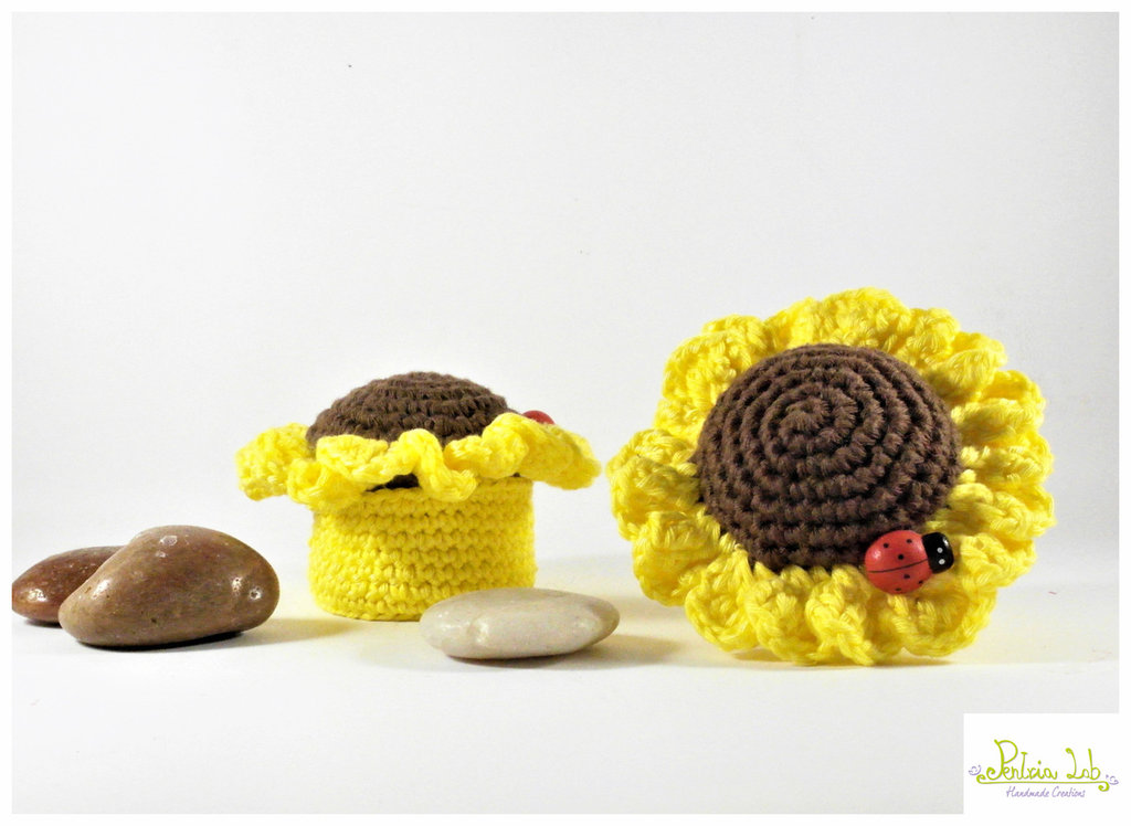 cofanetto multiuso ad uncinetto a forma di girasole. oggetto decorativo - bomboniera