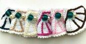 Set 6 portatovaglioli bianchi realizzati ad uncinetto e ricamati con perline