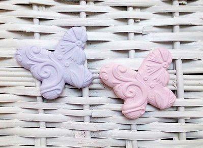 farfalla in gesso ceramico