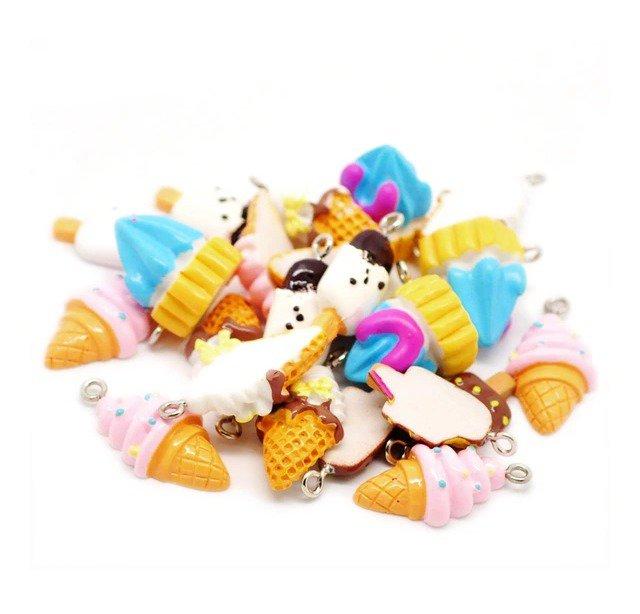 5 ciondoli in resina dolcetti kawaii con gancetto