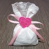 Bomboniere magnetiche cuore iniziali sposi personalizzate + sacchettino portaconfetti matrimonio