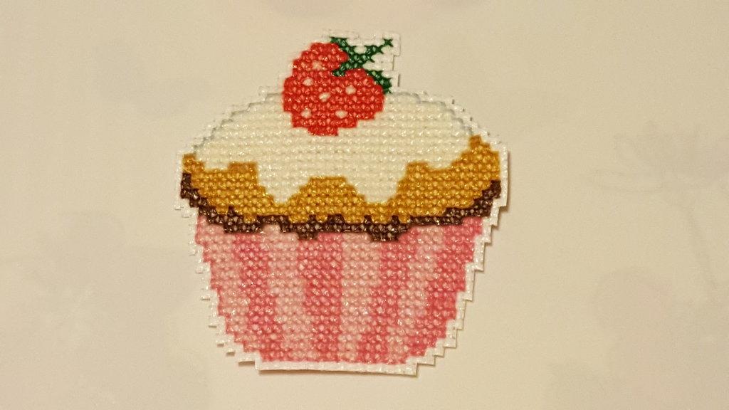 Calamita a forma di cupcake rosa