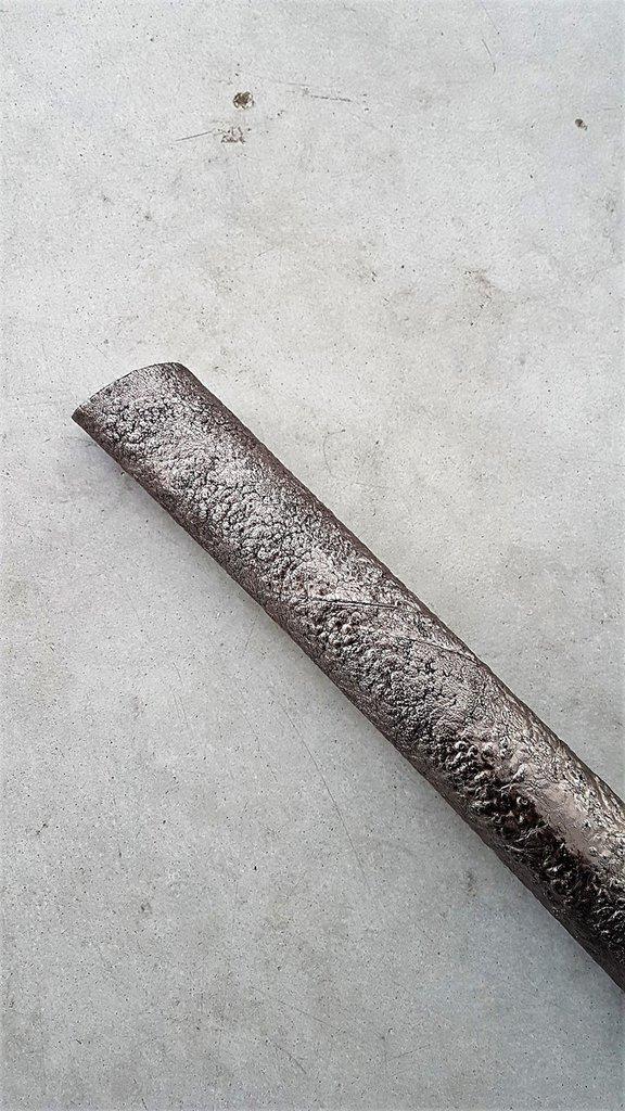 Pelli completamente fatte a mano con effetto magma laminata H340