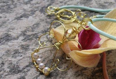 Ciondolo angelo custode con perline e cristallo in filo per gioielli dorato - idea regalo Prima Comunione