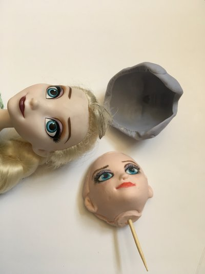 Stampo viso Frozen cake topper