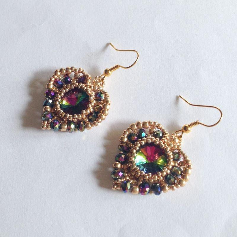 Orecchini Cupid oro e multicolore con perline