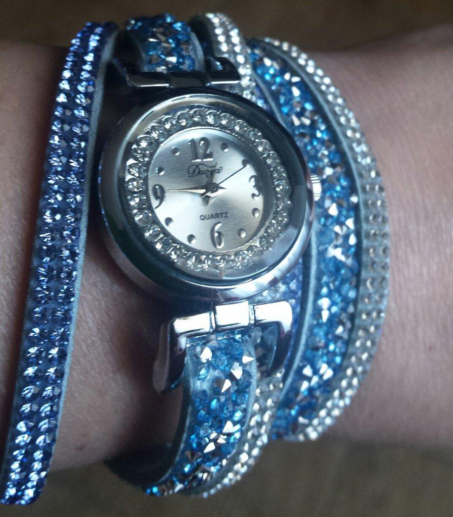 Orologio donna con cinturino in Alcantara e strass azzurri