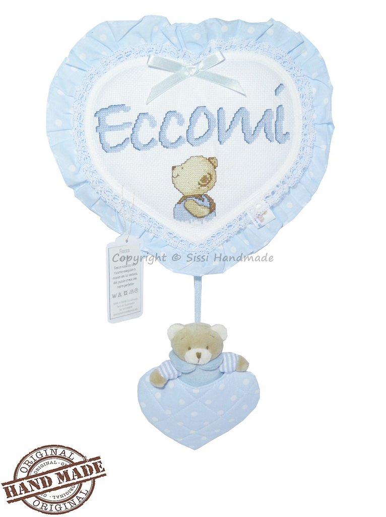 Fiocco nascita cuore coccarda azzurra con orsetto