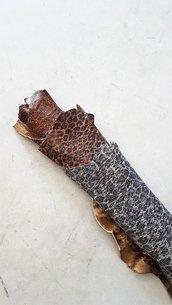 Pelli completamente fatte a mano con effetto animalier A353