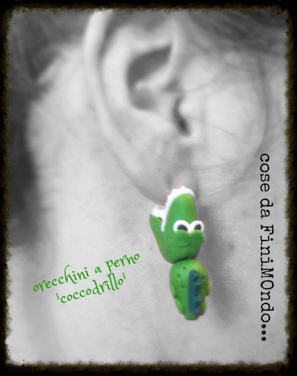 orecchini a perno coccodrillo