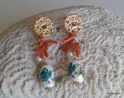 """Orecchini con perla in ceramica decorata """"Corinne"""""""