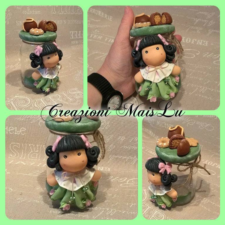 Barattolo in vetro con bambolina e decorazioni in pasta di mais