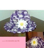Cappellino estivo bimba all'uncinetto fiore margherita cotone viola sfumato idea regalo
